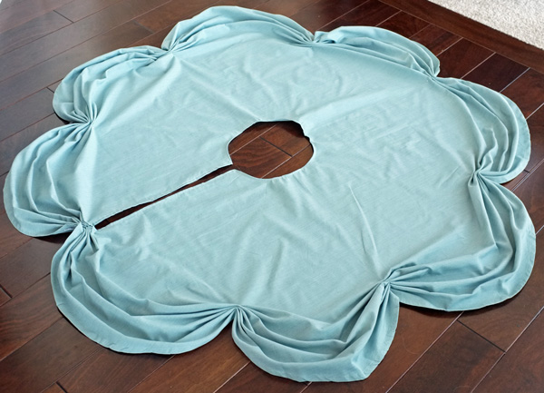 DIY Ruched Tablecloth Tree Skirt