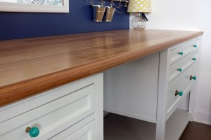 Gorgeous DIY counter made with bamboo flooring