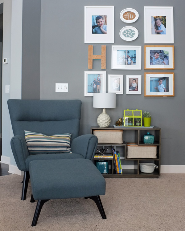 Living Room With Turquoise Accent Wall: How To Create Your Decorating Accent Color Palette