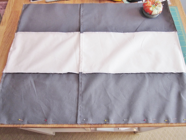 How to Knock-off West Elm Striped Monogramed Pillow Shams | BonnieProjects for tealandlime.com
