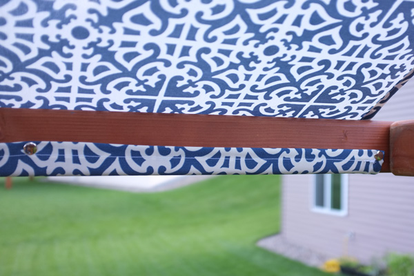 Play set canopy snap fasteners
