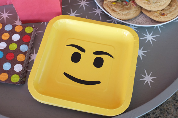 lego face party plates