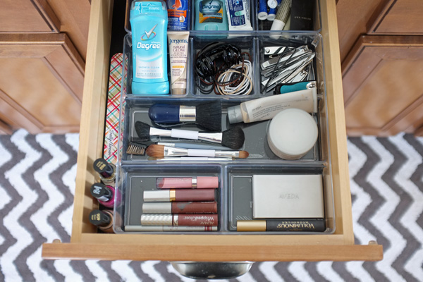 Chalkboard drawer liner