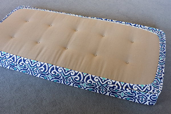 DIY Removable Tailored Daybed Cover