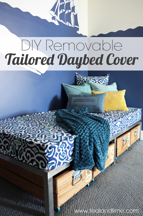 DIY Removable Daybed Cover