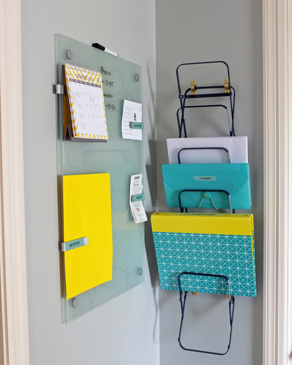 Wall Mounted Accordion File Holder