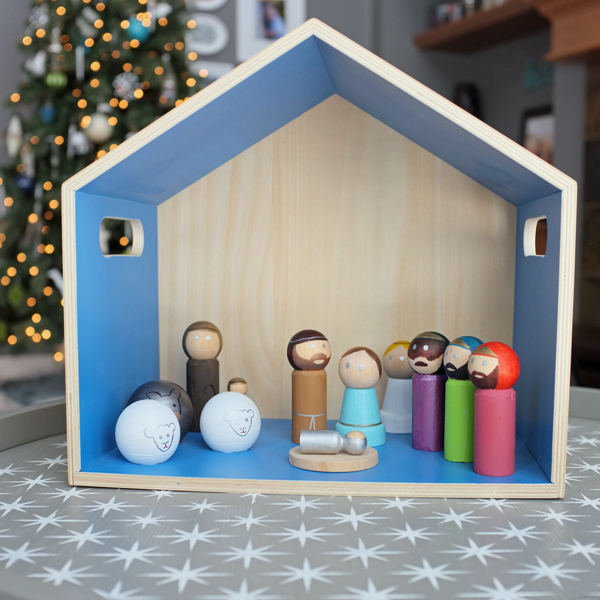 DIY Modern Peg Doll Nativity Set | tealandlime.com