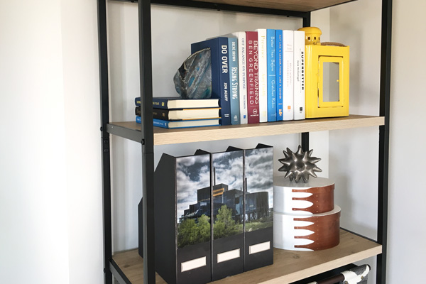 How to decorate an open bookshelf