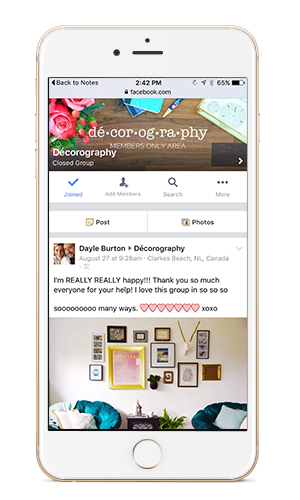 Get decorating help with video classes and a private community to share photos and ideas. Click through to learn more about Décorography and see this students room makeover.